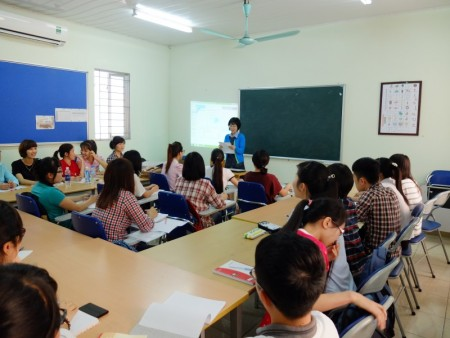 Lớp tiếng Hàn miễn phí Bách Khoa