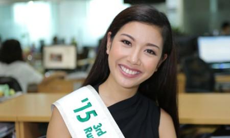 Á hậu Thúy Vân học tiếng Anh bằng xem phim, nghe nhạc